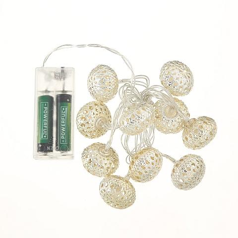 LED Lichterkette mit kugeln