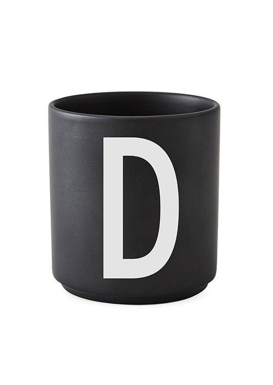 Design Letters Becher Buchstabe D
