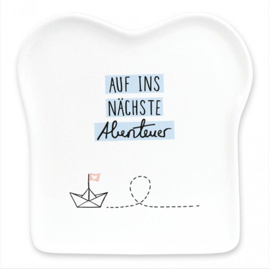 """Grafik Werkstatt Toastteller """"Auf ins nächste Abenteuer"""""""