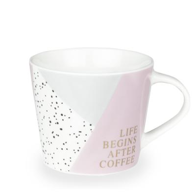 Grafik Werkstatt Tasse Life begins with coffee