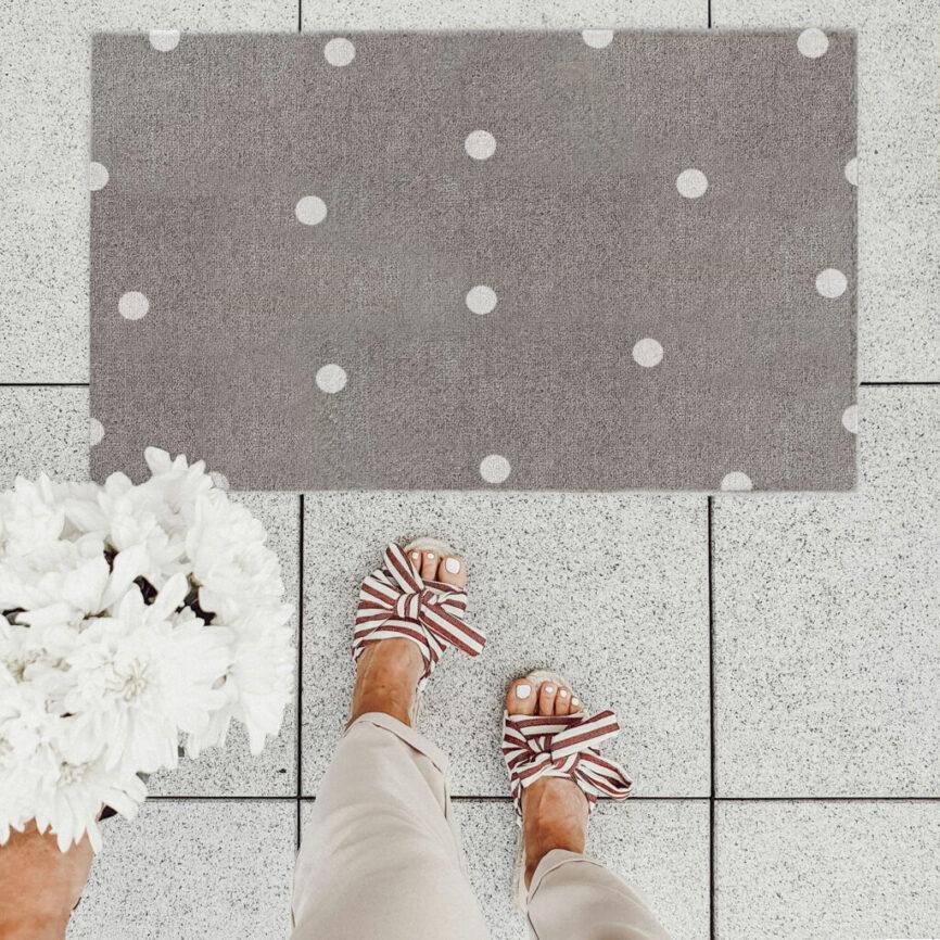 Eulenschnitt Fußmatte grau mit Punkten